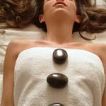טיפול באבנים חמות- ספא שיזן הרצליה מרשת מלונות Tamares